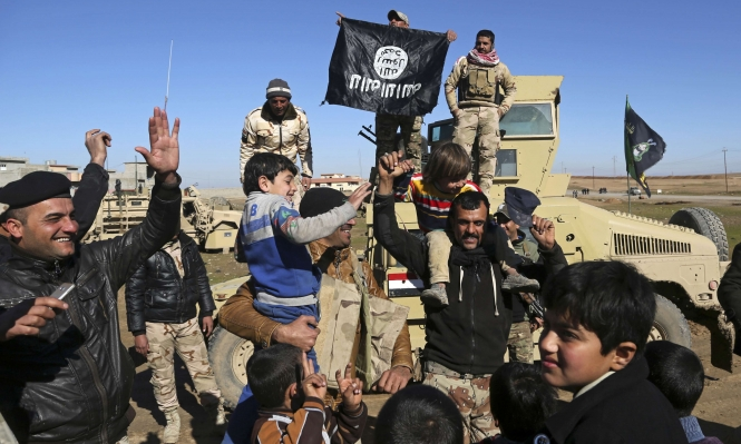 """بعد سورية والعراق... فوضى """"داعش"""" إلى أين؟"""