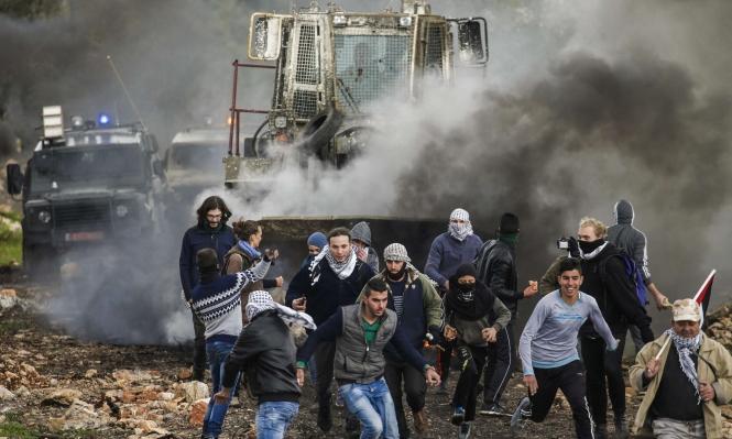 الاحتلال يعتقل 22 فلسطينيا بالضفة