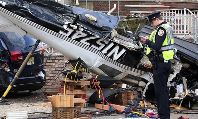 أربعة قتلى بتحطم طائرة على منزلين بكاليفورنيا