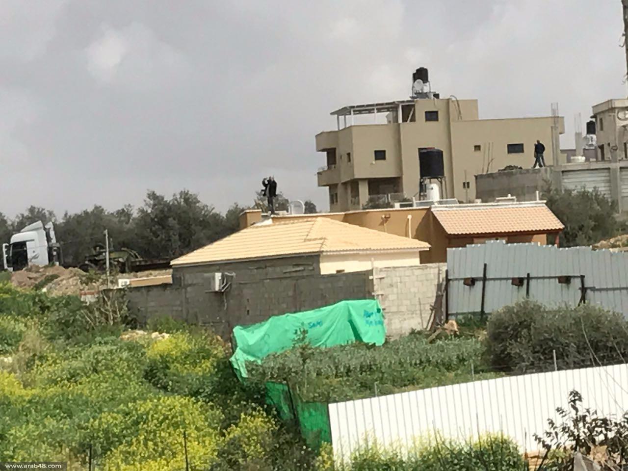 كفر قاسم: هدم منزل و3 أساسات مبان بحماية الشرطة