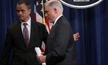 سيشنز يستبعد نفسه عن التحقيقات في التدخل الروسي