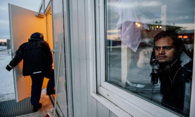 """النرويج تعتزم فحص هواتف اللاجئين و""""كشف التهديدات الأمنية"""""""
