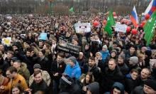 الآلاف بشوارع روسيا للتظاهر ضد الفساد واعتقال 700 معارض