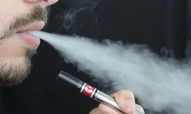 السجائر الإلكترونية: هل هي حقا أقل ضررا من التبغ؟