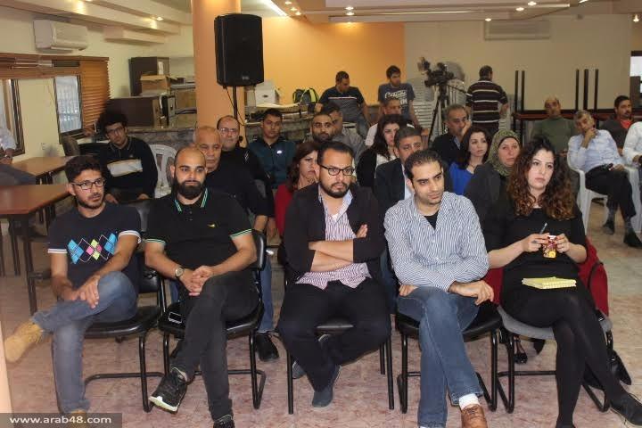 ناشطون وأكاديميون يحذرون من عودة الحكم العسكري