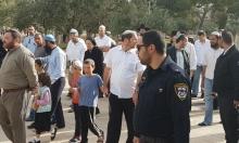 اعتقالات بالضفة والقدس: اقتحامات استفزازية للمستوطنين للأقصى وسبسطية