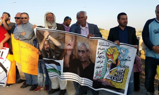 دعوات لمقاطعة بضائع الاحتلال دعما لإضراب الكرامة