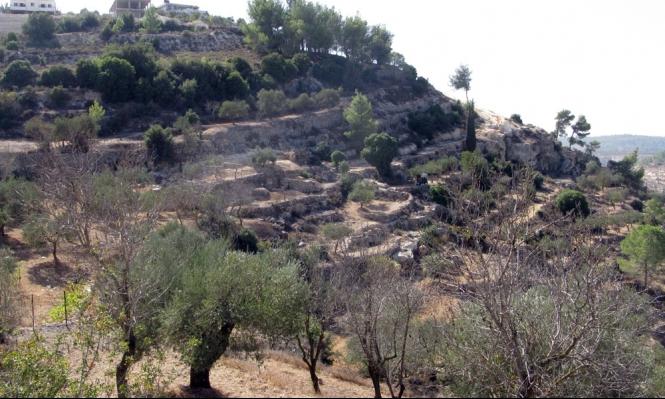الاحتلال يستأنف بناء الجدار حول الولجة وعزلها عن أراضيها