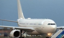 السلطات الباكستانية تعلق عمل طيار وجدوه نائمًا أثناء الرحلة