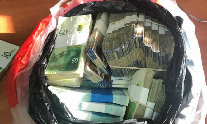 سرقة رواتب عمال من الضفة تقدر بـ700 ألف شيكل