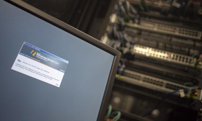 الهجوم الإلكتروني ينذر بحرب لا قبل لأنظمة الحكم بها