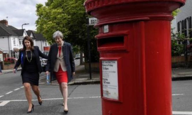 استطلاعات: تراجع التأييد للمحافظين في بريطانيا