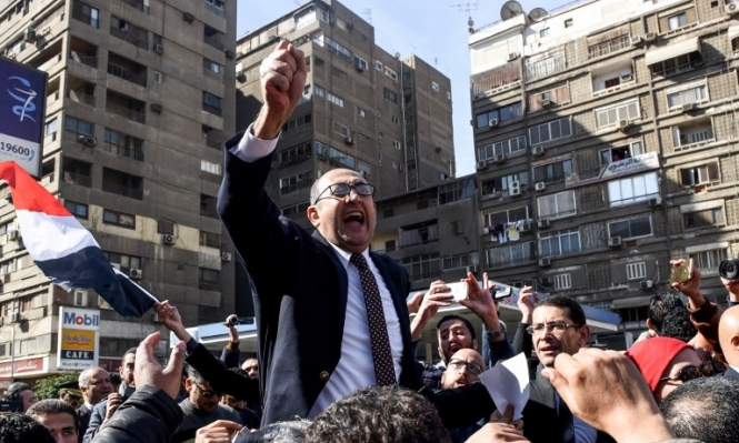 """محاكمة خالد علي: """"حملة لترهيب منافسي السيسي"""""""