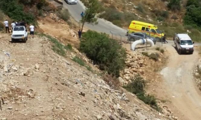 إصابة مسن إثر انزلاق مركبته إلى منحدر قرب دير حنا