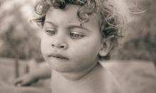 لماذا لا نستطيع تذكر بدايات أيام الطفولة؟