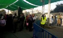الفلسطينيون يتوافدون لأداء الجمعة الثانية من رمضان بالأقصى