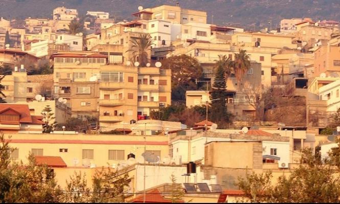 إطلاق نار وإلقاء عبوة ناسفة على منزلين بالرامة ودير حنا