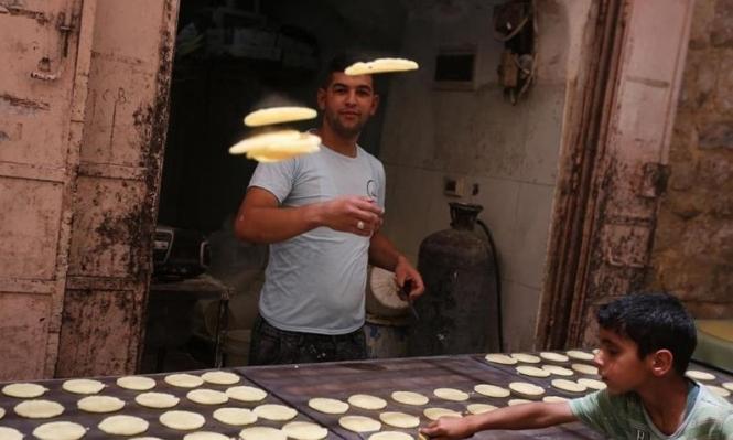 الخليل: رمضان يعيد الحياة لسوق محاصر بالمستوطنين