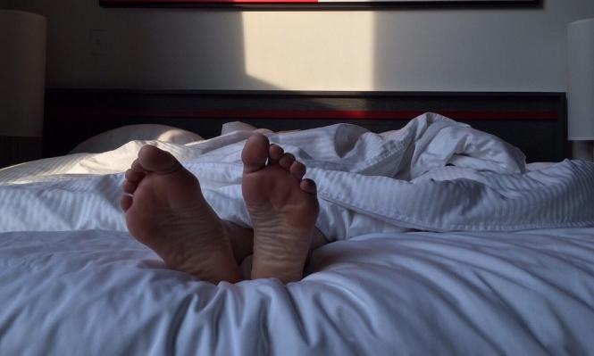 انقطاع النفس أثناء النوم يؤثر سلبا على القلب وسكر الدم