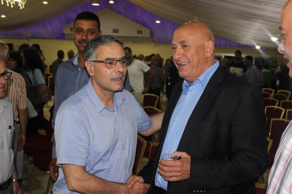 مجد الكروم: المئات يؤازرون غطاس قبل دخوله السجن