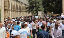 عشرات الآلاف من الفلسطينيين يتوافدون للقدس في الجمعة الثالثة من رمضان