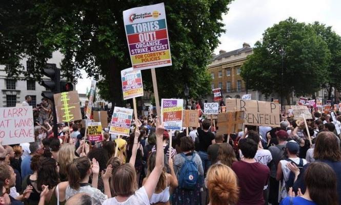 تواصل الحراك في بريطانيا ضد ماي ودعوات لرحيلها