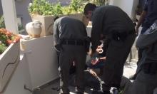 عائلة من الطيبة: الشرطة اقتحمت منزلنا بحجة البحث عن سلاح