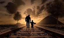 """دراسة: الآباء الأكبر سنا ينجبون """"غريبي أطوار""""!"""
