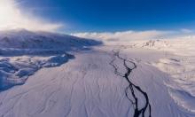 الجبل الجليدي الأكبر يوشك على الانفصال والتفتت