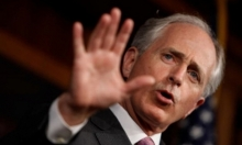 """سيناتور أميركي: عرقلة """"صفقات السلاح"""" حتى حل الأزمة مع قطر"""