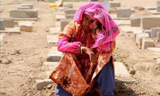 العيد في اليمن: مقابر الشهداء تنافس الحدائق والملاهي!