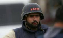 """عائلة الصحفي، جهاد بركات، تعتصم أمام """"الأمن الوقائي"""""""