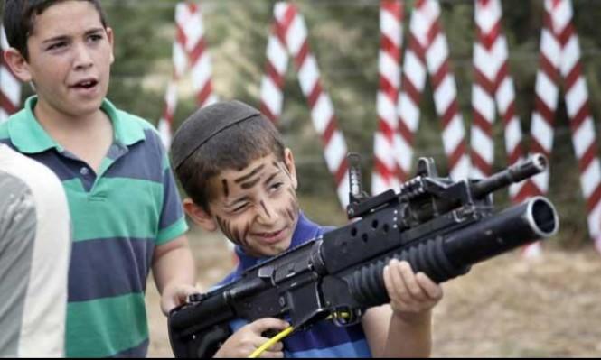 مخيمات إسرائيلية تستقطب سياحًا للعب دور جنود يقتلون فلسطينيين