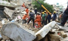 باكستان: مصرع 5 أشخاص في انهيار مبنى سكني