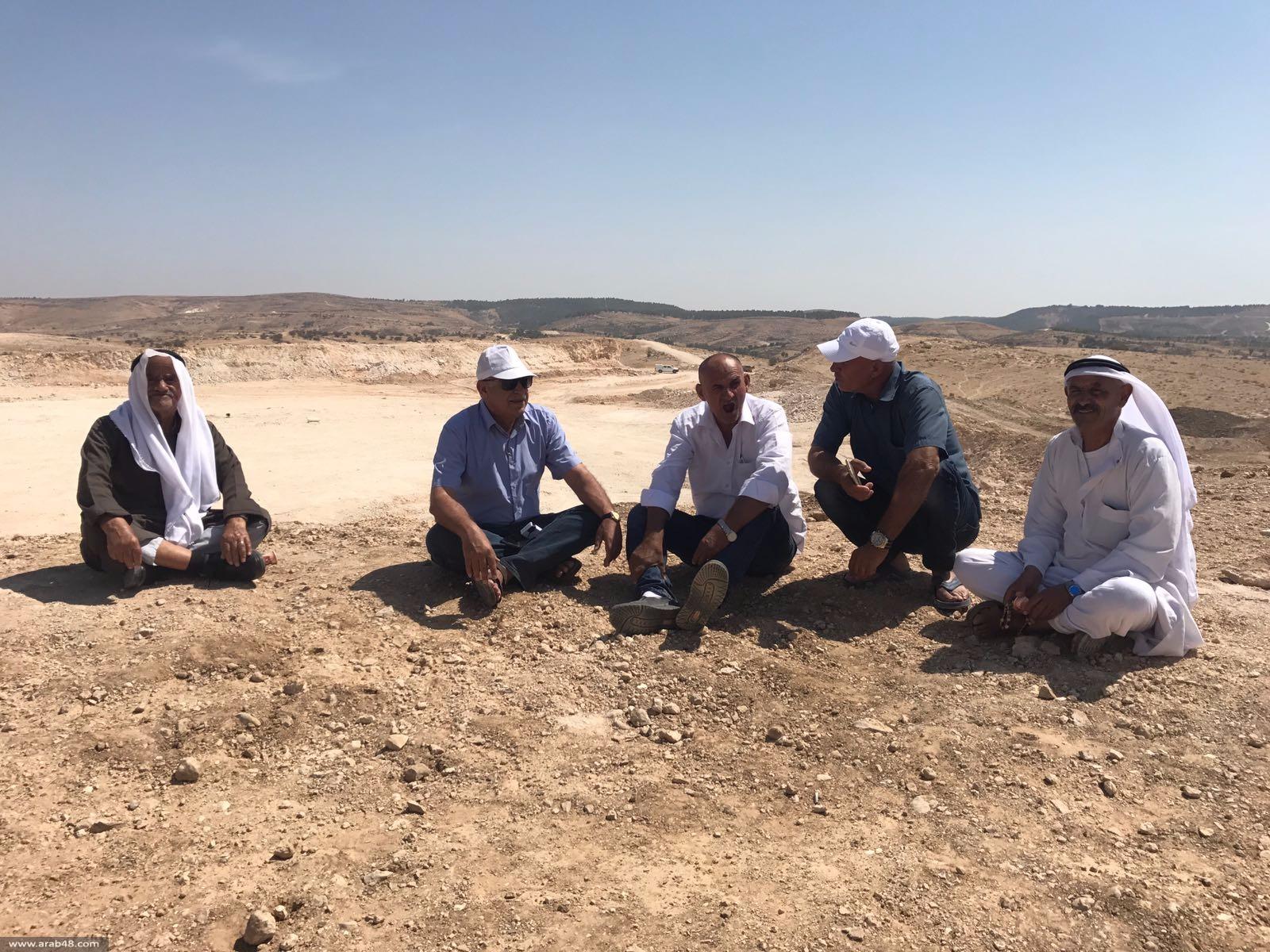 الزبارقة يطالب بإيقاف العمل وتسريح المعتقلين من أم الحيران