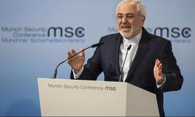 ترامب يبقى على الاتفاق النووي مع إيران ويهدد بعقوبات