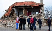 مصرع اثنين وإصابات في هزة أرضية قرب شواطئ تركيا واليونان