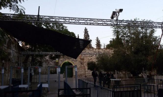 شرطة الاحتلال تطرد المعتصمين من أمام باب المجلس بالقدس
