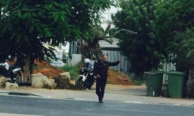 الشرطة تحرر مخالفتين لسائق عربي بفارق نصف ساعة