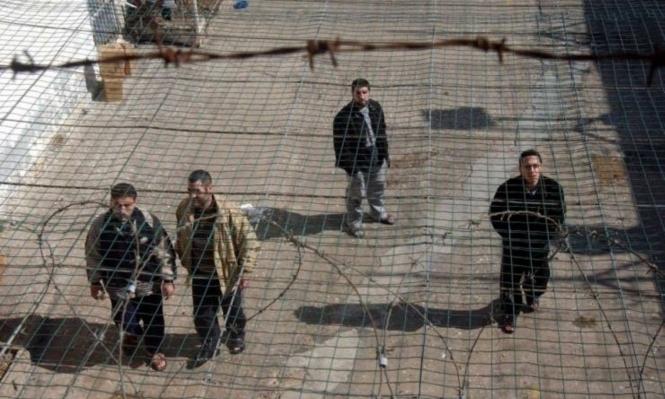 إدارة السجون تنتقم من الأسرى الذين خاضوا إضراب الكرامة