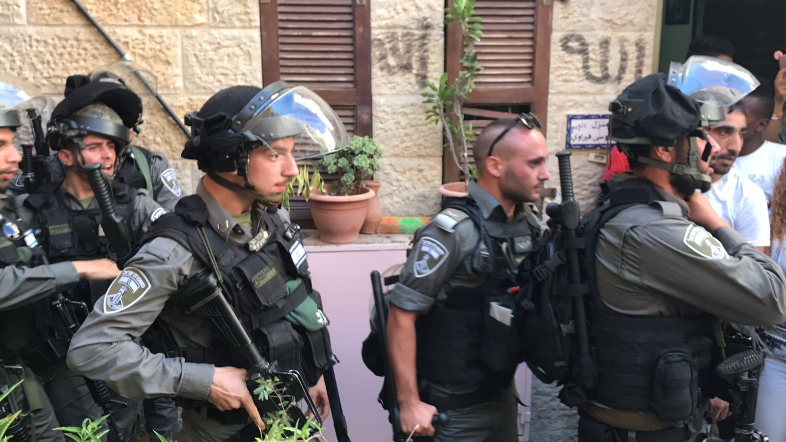 إصابات واعتقالات باعتداء قوات الاحتلال على المقدسيين