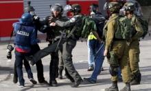 الاحتلال ينكل بطاقم إعلامي فلسطيني عند حاجز برطعة