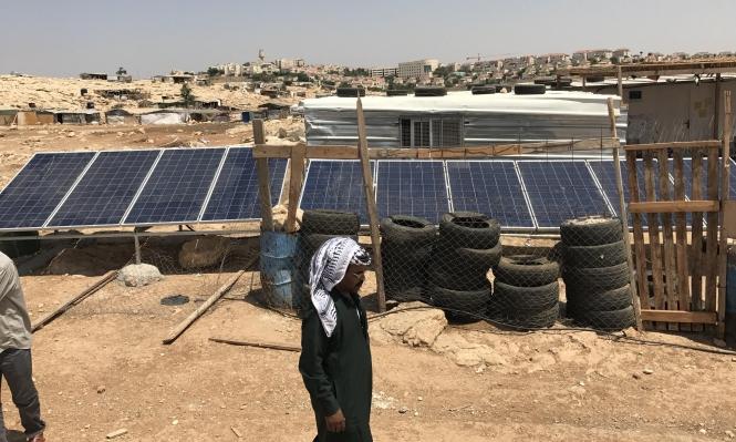 الاحتلال يصادر ألواح طاقة شمسية رغم قرار المحكمة العليا