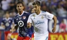 برشلونة يخطط للتعاقد مع لاعب ريال مدريد