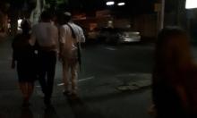 يافا: مستوطنون يتجولون بأسلحتهم في حي النزهة