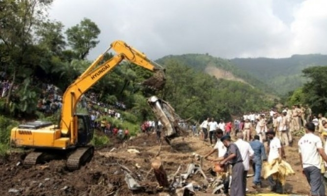 مصرع 94 شخصا جراء الفيضانات بالهند ونيبال