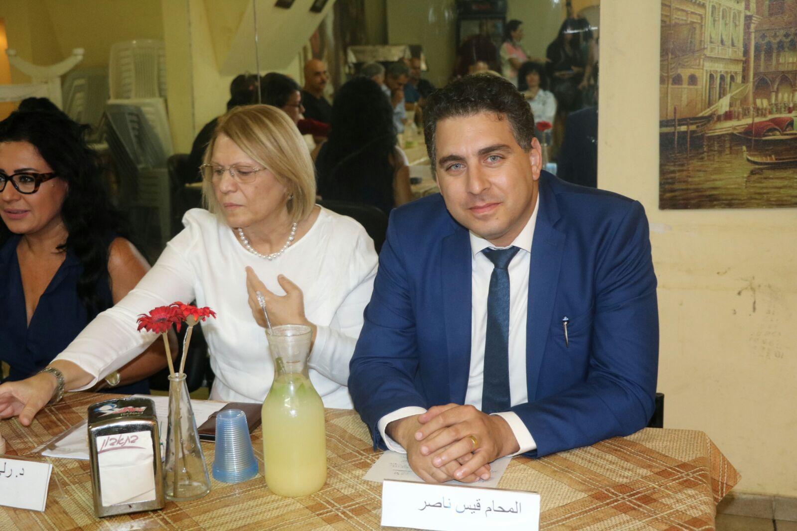 """""""إعلام"""" يناقش التقرير الإستراتيجي مع """"غسان كنفاني"""" بعكا"""