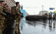 وزير الدفاع الأميركي يبحث في كييف تسليح الجيش الأوكراني