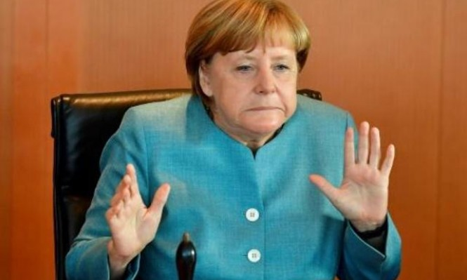 """ألمانيا تنتخب بعد شهر واحد """"ميركل أو ميركل"""""""