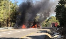 اشتعال النار بحافلة ركاب قرب دير الأسد